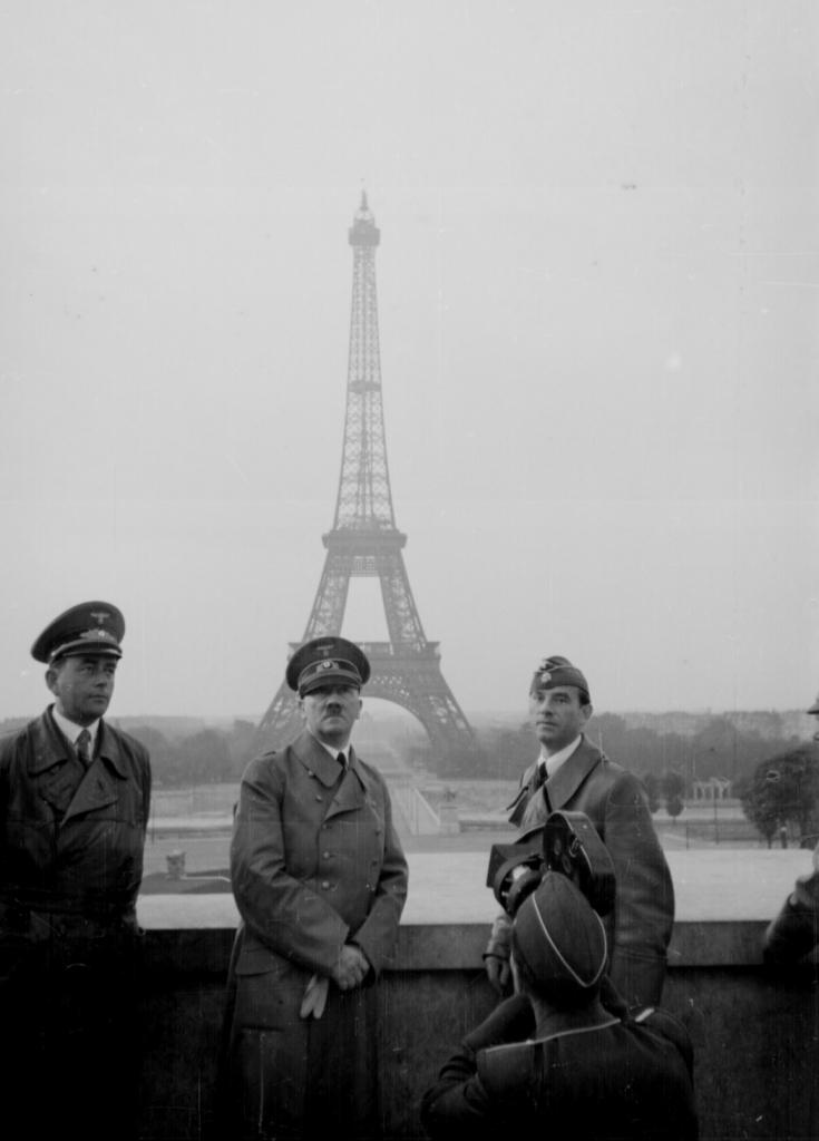 Adolf Hitler in Paris, 23. Juni 1940